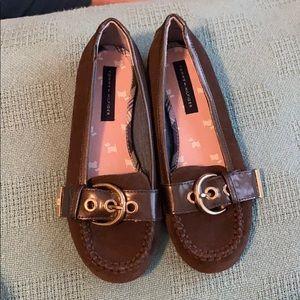 Tommy Hilfiger shoes size 2